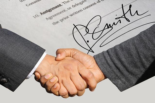 עריכת חוזה שכירות אצל עורך דין