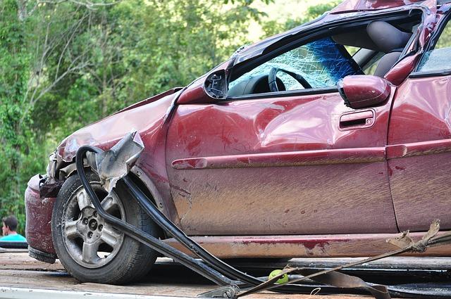 """חוק הפיצויים לנפגעי תאונות דרכים: דע את זכויותיך! / אורטל חימי, עו""""ד"""